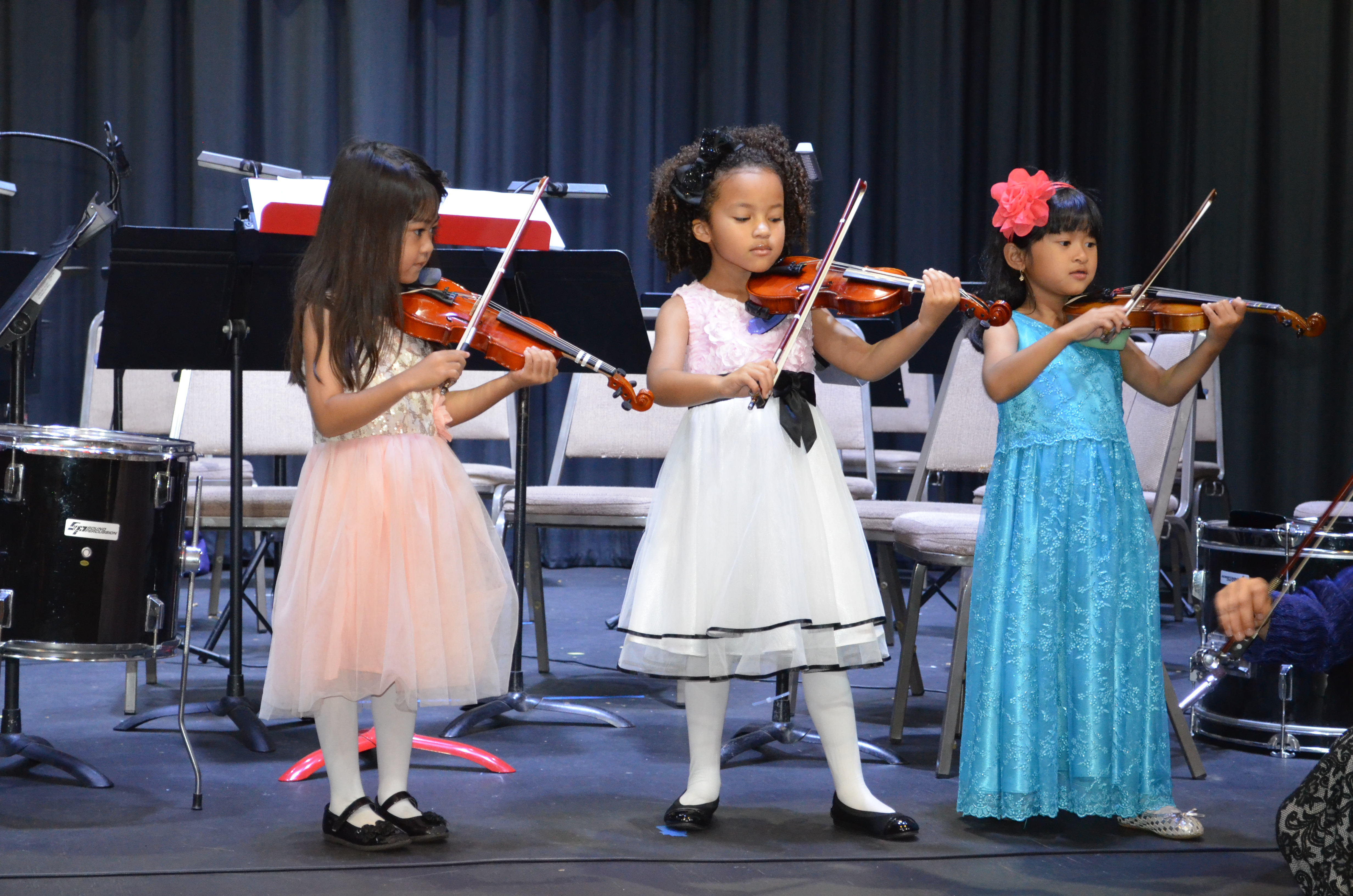 Help us provide the children of Los Angeles with the gift of the arts.